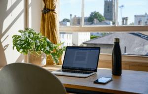 Como lidar com a ansiedade no home office
