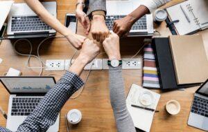 Por que investir em um ambiente de trabalho saudável