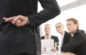Como identificar mentiras no ambiente de trabalho